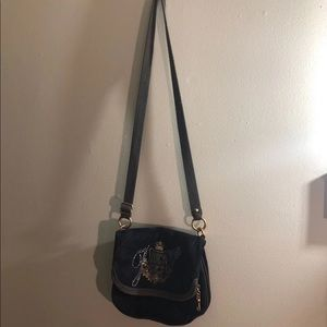 Juicy Couture Bags - Juicy Couture crossbody